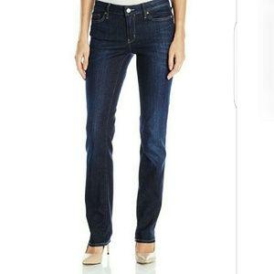 Calvin Klein  Women's Skinny Jeans NWOT  Size 27/4